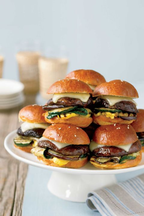 mini portobello burgers (vegetarian)