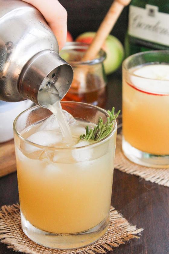 Apple-Bees-Knees-Cocktail